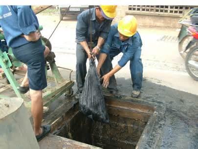 thông tắc cống, hút bể phốt tại Hoàng Mai hiệu quả, tiết kiệm nhất